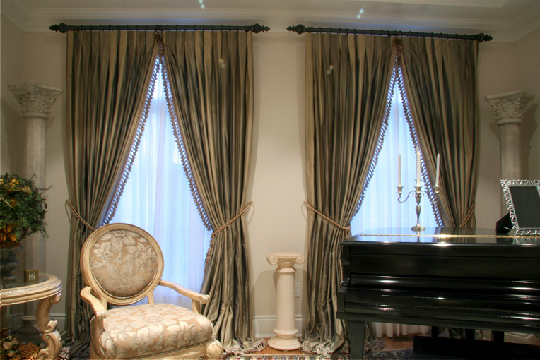 Custom Draperies in Toronto