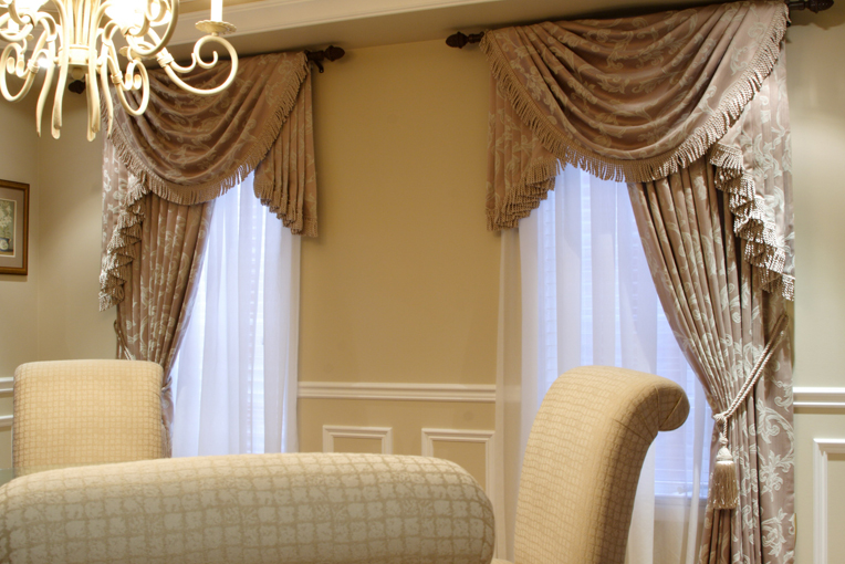 Custom Drapes in Toronto
